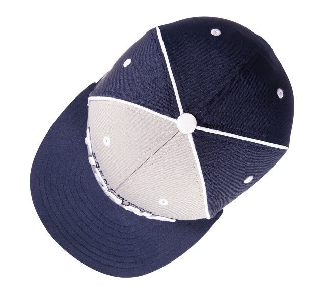 Pukka hat with 4 panel piping