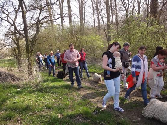 Frühlingswanderung der Landesgruppe Mitte in Gau Algesheim 7