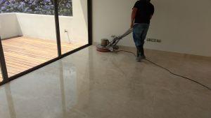 pulido de piso de marmol alex
