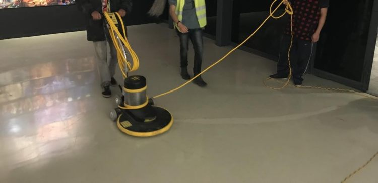 mantenimiento de pisos epóxicos