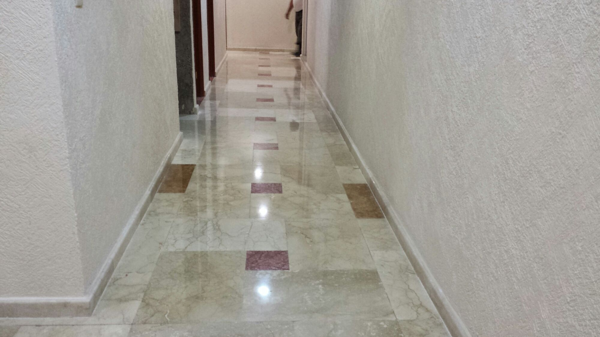 Pulido de pisos de marmol pulido de pisos acme for Como limpiar pisos de marmol