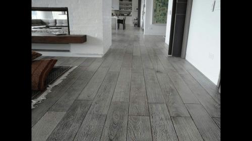 Pulido y Encerado de piso de madera