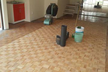pulido de pisos de madera sin polvo