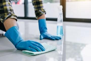 limpiar y desinfectar pisos