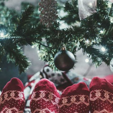 Gifts for Couples for Christmas: Inexpensive ideas for couples who have everything!