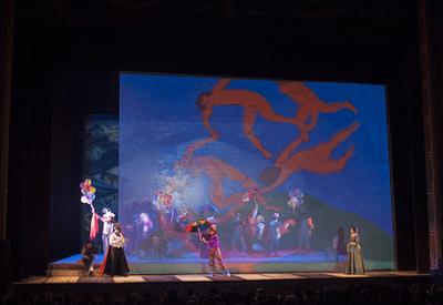PREMIOS LÍRICOS TEATRO CAMPOAMOR 2014 Diseño de Videoescena para Gala en directo en el Teatro Campoamor de Oviedo. Progrmación con Catalyst.