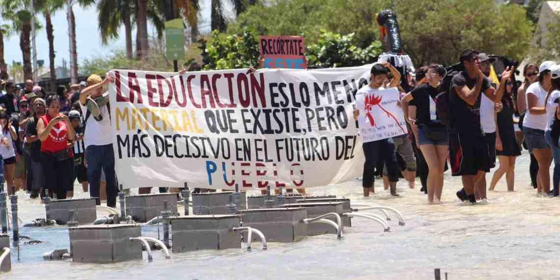 Carta a madres, padres y familiares de estudiantes de la UPR