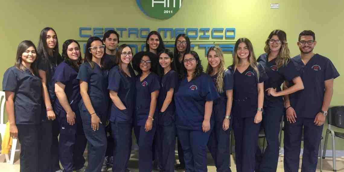 Estudiantes de la UPR Cayey  se unen a servicio comunitario del Centro Médico Menonita