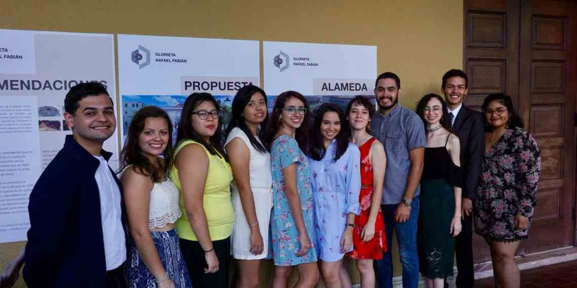Estudiantes de Río Piedras presentan estudio de la restauración de la Glorieta Fabián