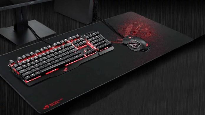Mouse gamer y teclado con mouse pad