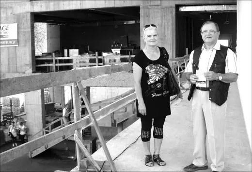 Urszula Krause i Stanisław Miotk są zadowoleni z budowy centrum kutury. Chętnie skorzystają z jego oferty.
