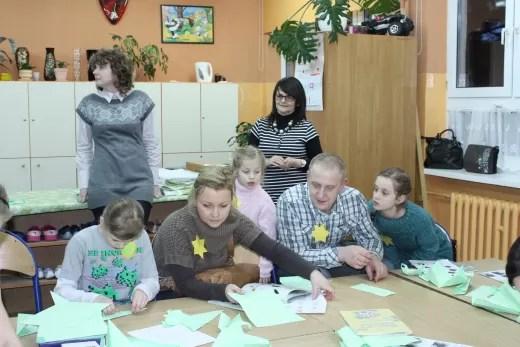 Ciekawe popołudnie w szkole spędziły całe rodziny.