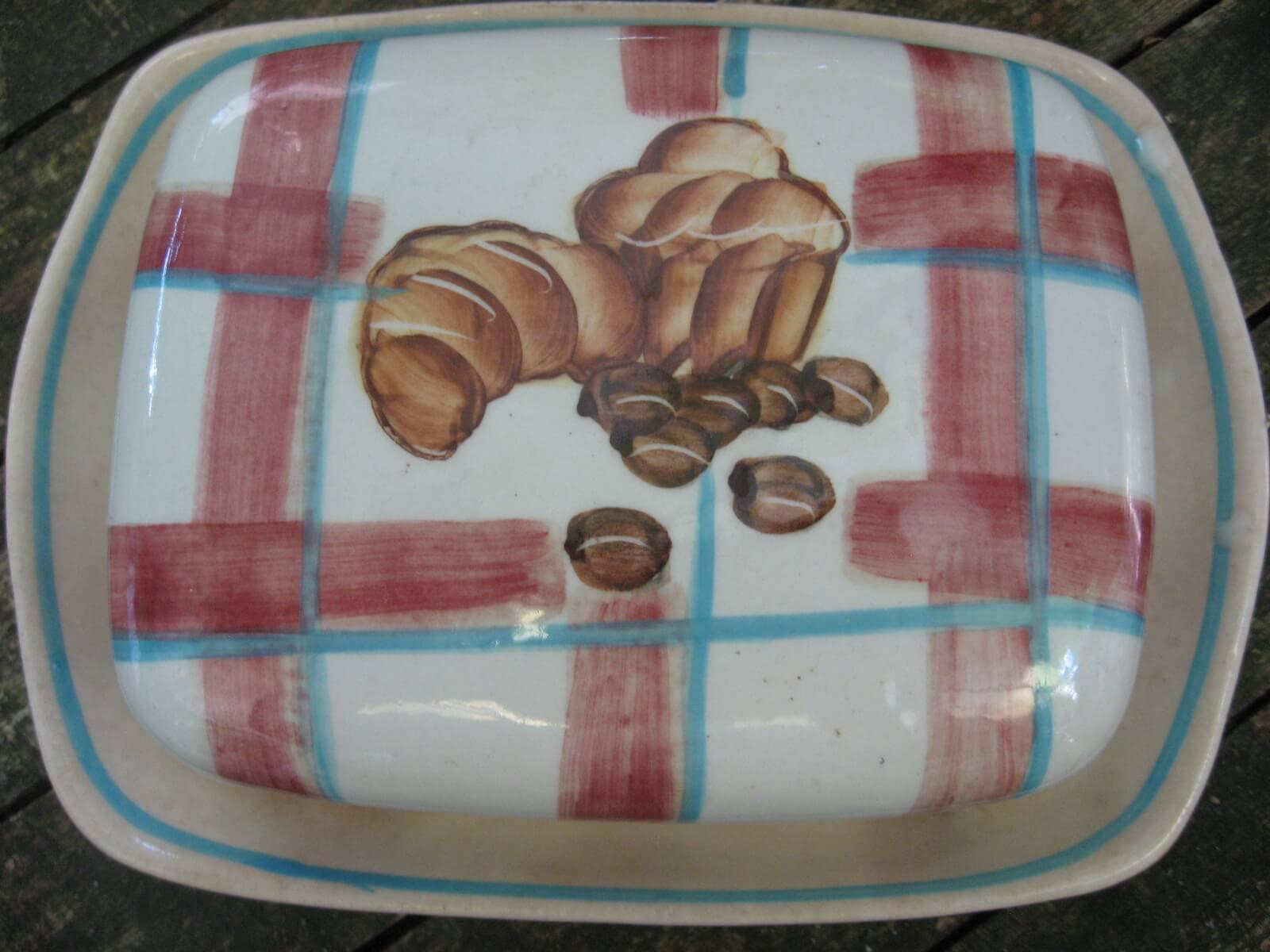 Butter dish croissat coffee country at PumpjackPiddlewick