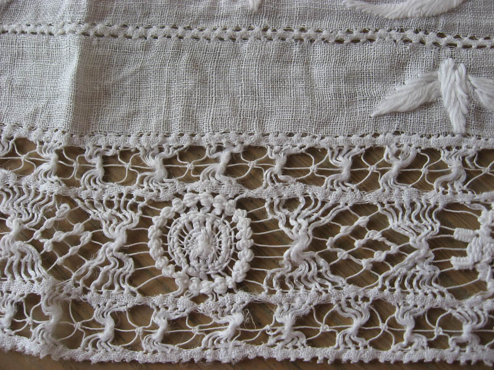 Delicate linen runner with white embroidery handmade lace at PumpjackPiddlewick