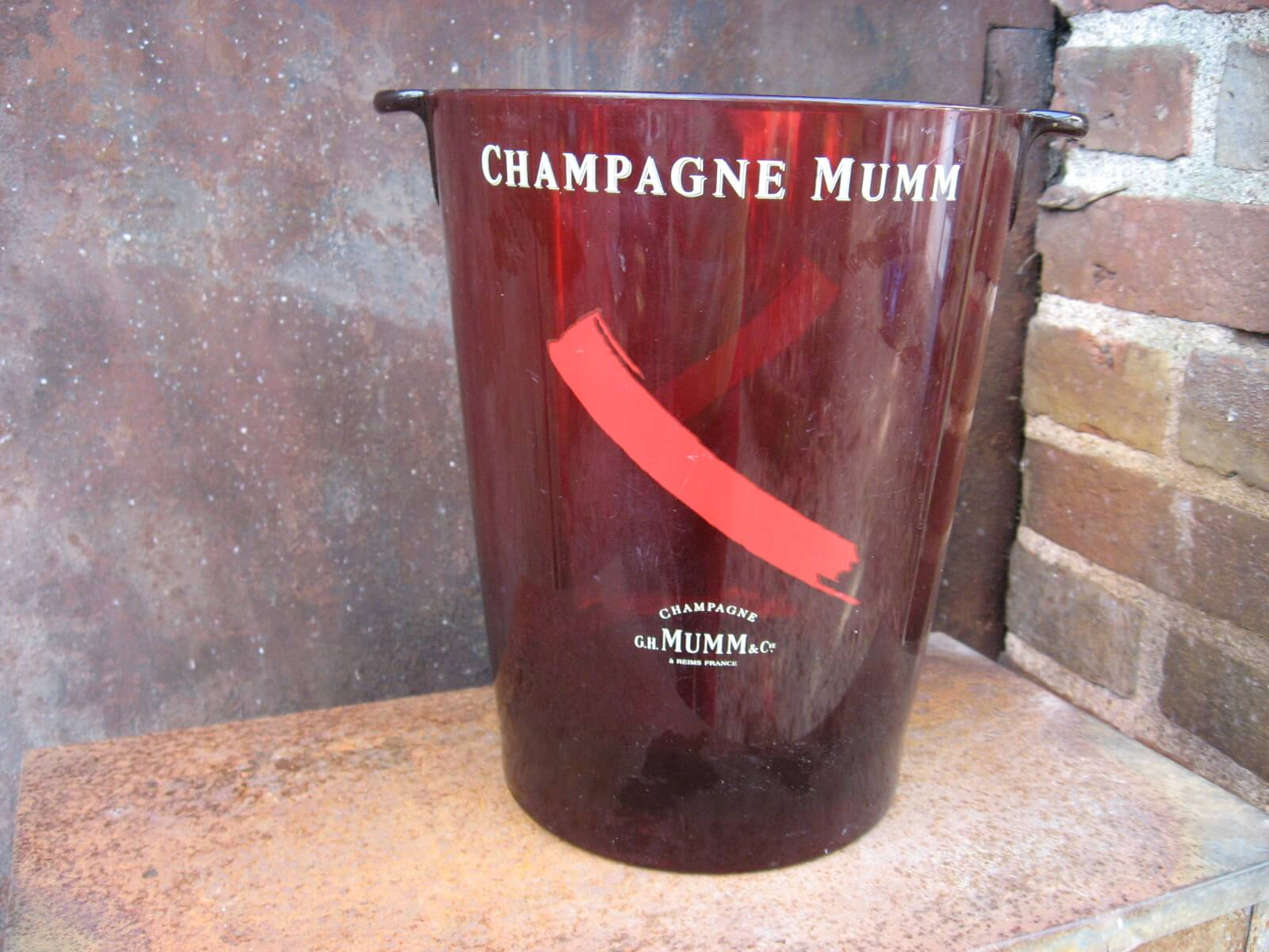 Mumm Red plastic acrylic Champagne Bucket at PumpjackPiddlewick