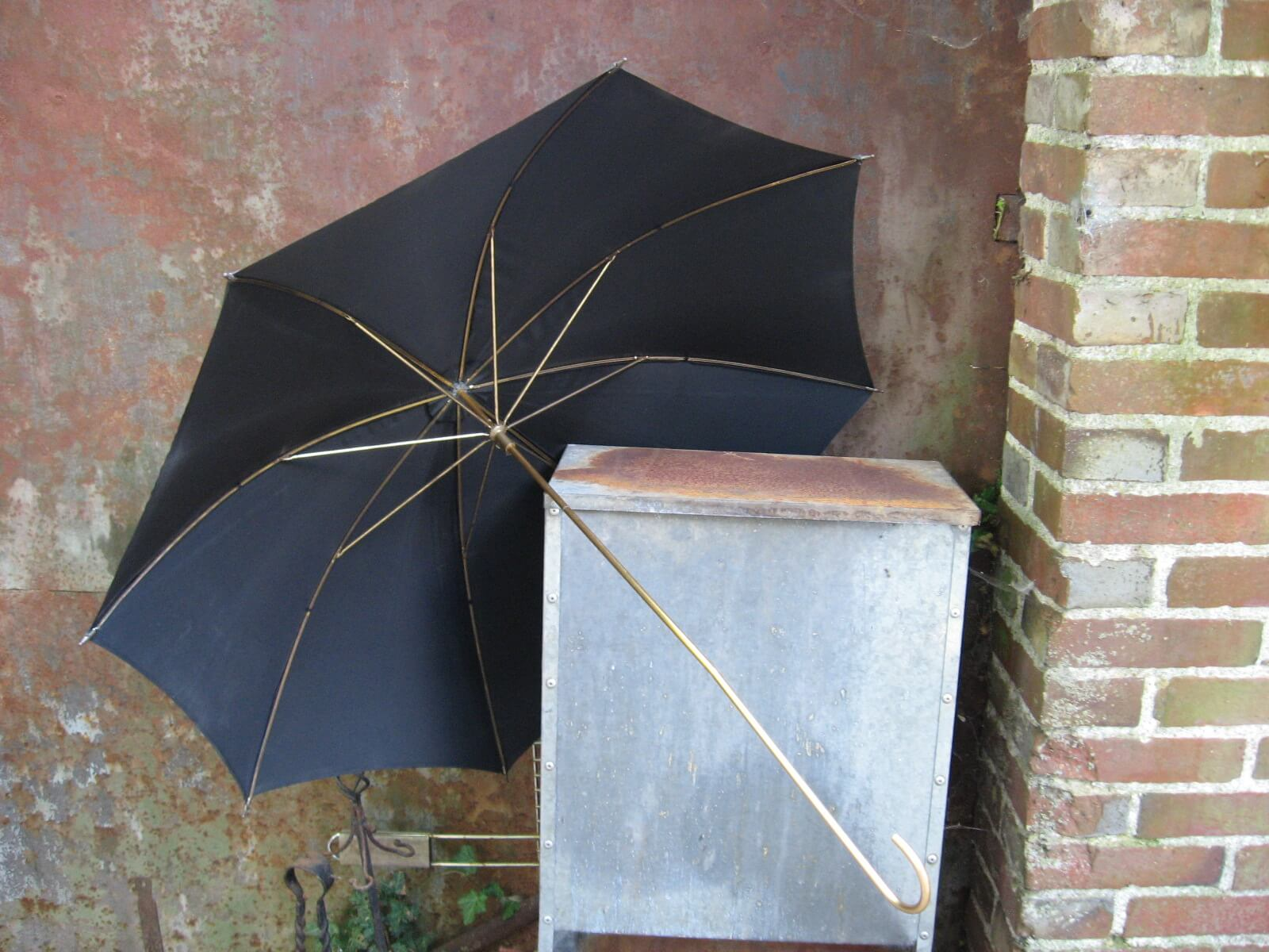 black umbrella 1950s gold handle_Sold at PumpjackPiddlewick