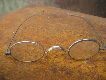 late 1800s victorian civil war French oval _eyeglasses at PumpjackPiddlewick
