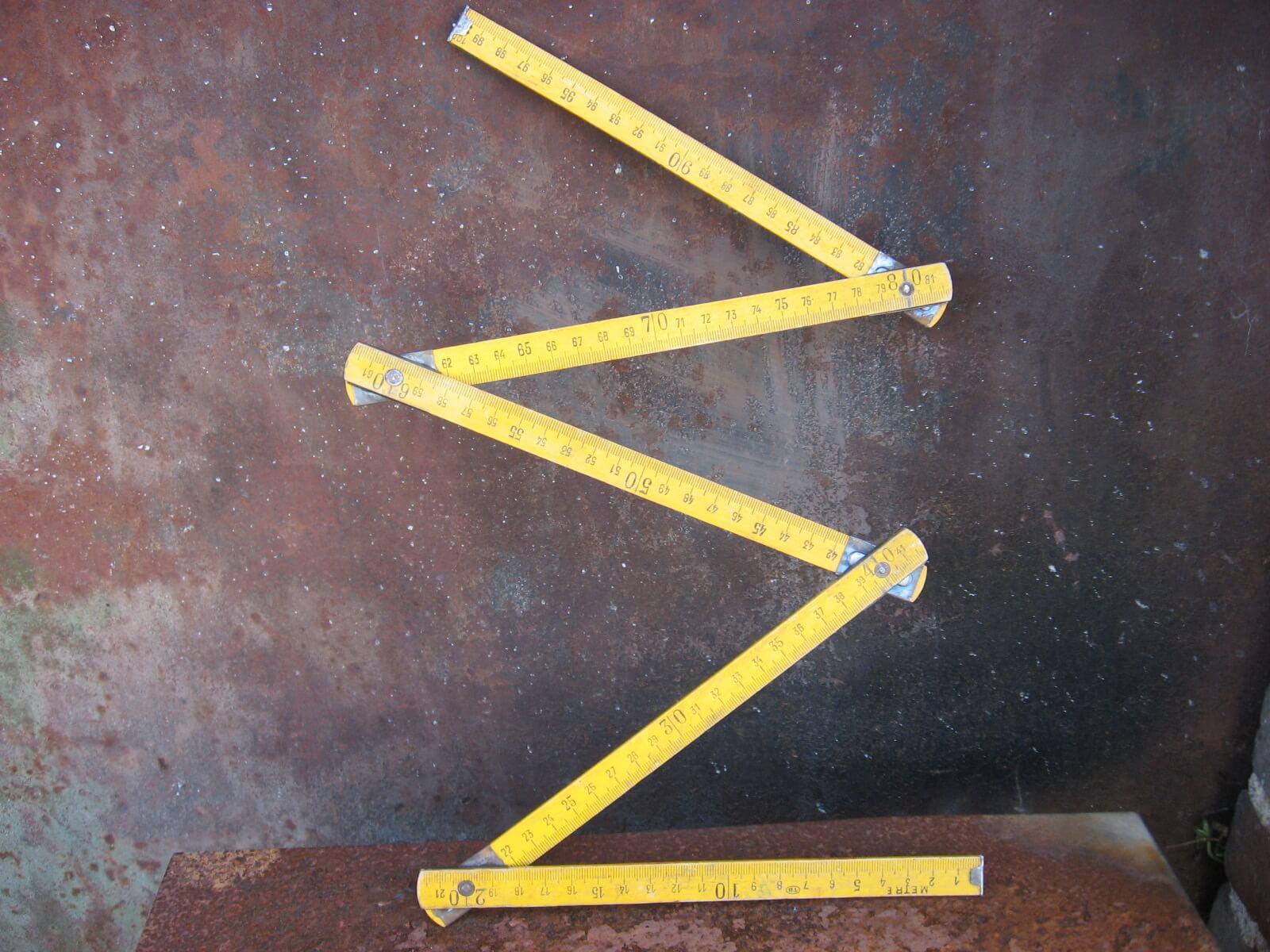1 metre folding wooden ruler orange at PumpjackPiddlewick