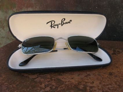 1990s Ray Ban 3133 Gatsby metal silver and hard shell case_B_PumpjackPiddelwick