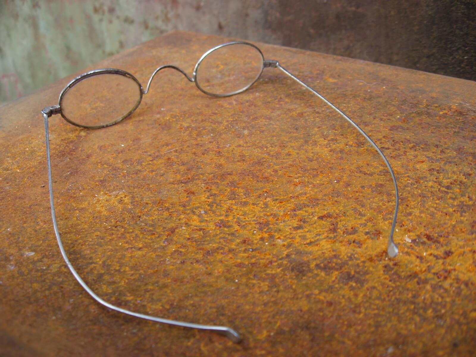 late 1800s victorian civil war French oval _eyeglasses_E_PumpjackPiddlewick