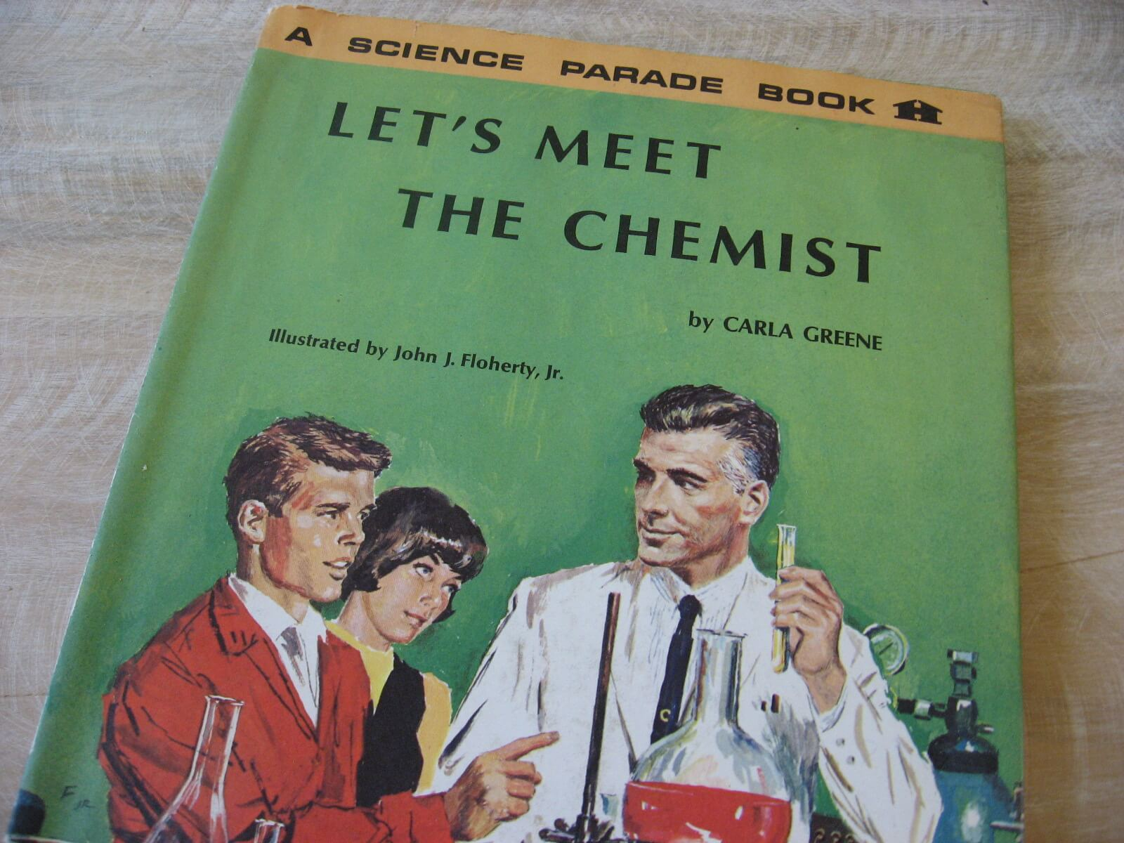 1966 Les Meet the Chemist Carla Greene Science Parade vintage book retro iullstrations ephemera_A_PumpjackPiddlewick
