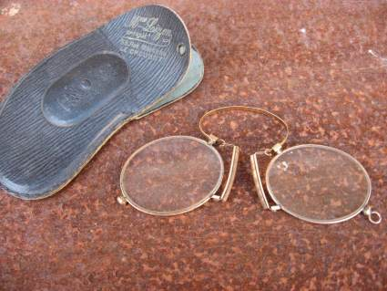 French antique gold pince nez with case from Le Creusot_I_PumpjackPiddlewick