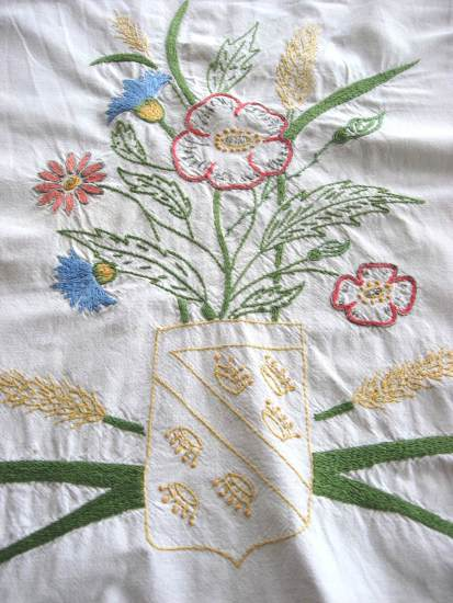 Cache Torchon French vintage hand embroidery towel modesty rail at PumpjackPiddlewick