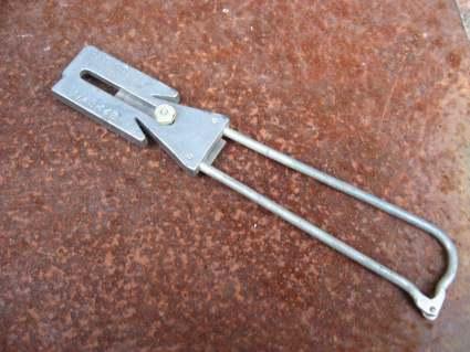 1930s knife sharpener