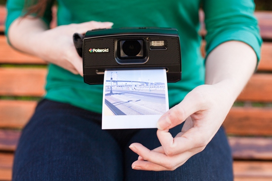 Stuff Hipsters Want: The New Polaroid Z340 Instant Camera