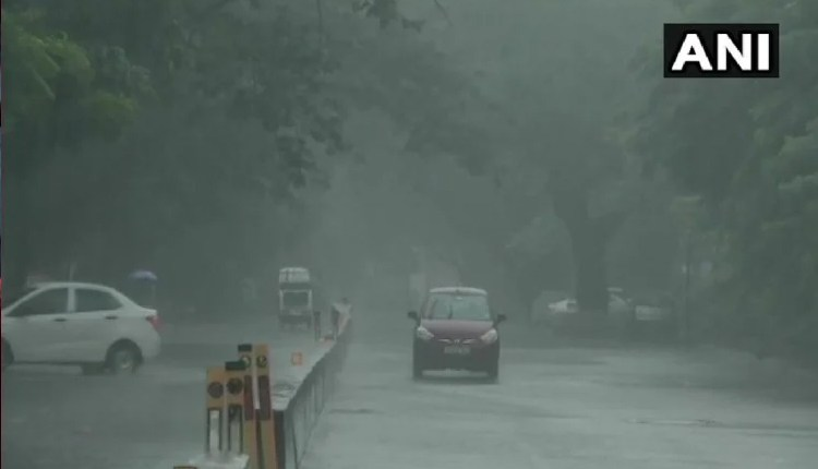 weather-update-rain-fog-in-mumbai-even-today-meteorological-department-declared-red-alert-in-these-districts