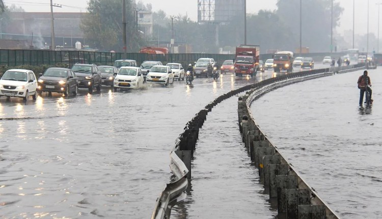 weather-forecast-red-alert-for-48-hours-in-konkan-rain-expected-in-mumbai-and-pune