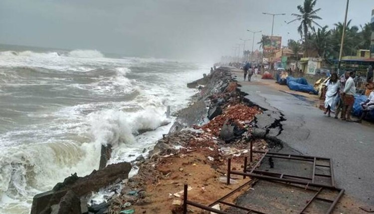 Maharashtra Heavy Rain | Roads affected due to torrential rains in Maharashtra, loss of 1 thousand 800 crore rupees; The biggest loss in Konkan