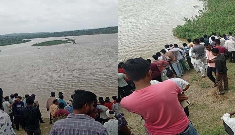 Amravati   Shocking! 11 people drowned in river after boat capsize in Amravati district of Maharashtra, bodies of three people were fished out