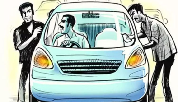 solapur-crime-robbery-on-solapur-pune-express-way-robbed-rs-1-crore-worth-cigarette-box