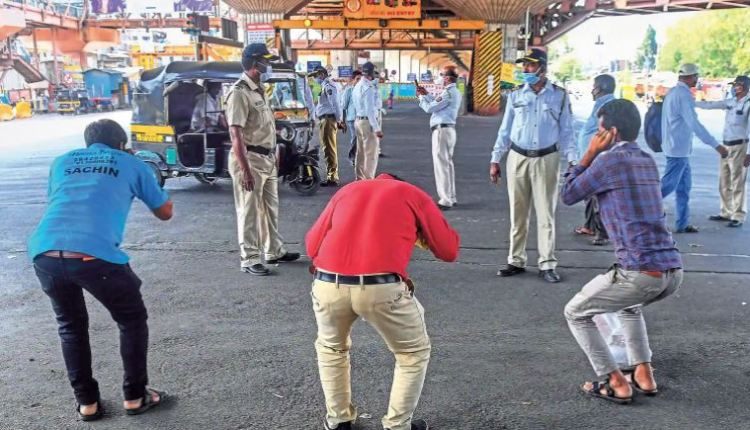 ganeshotsav-2021-mumbai-police-taking-action-against-who-not-wear-masks-more-than-6-thousand-people-in-one-day