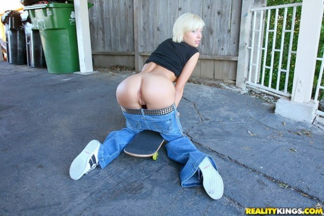emma mae PSFB pussy booty tight ass shaved blonde inked skater skateboard pure18 tattoos