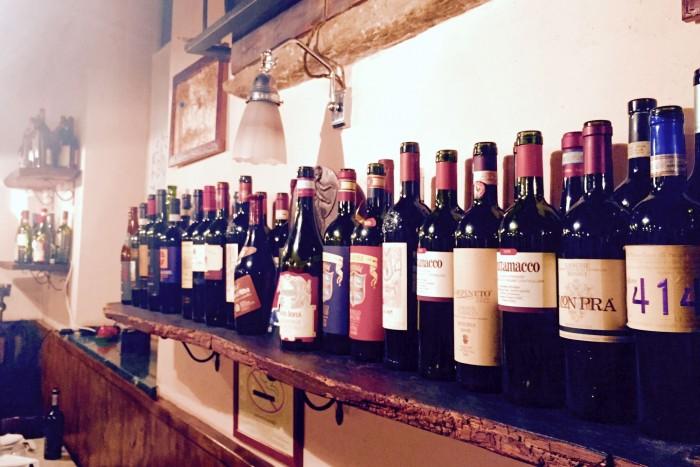 Non solo lesso, Milano, bottiglie