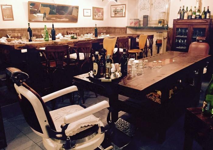 Non solo lesso, Milano, tavoli da falegname