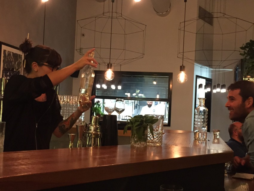 santo-trastevere-roma-bartender