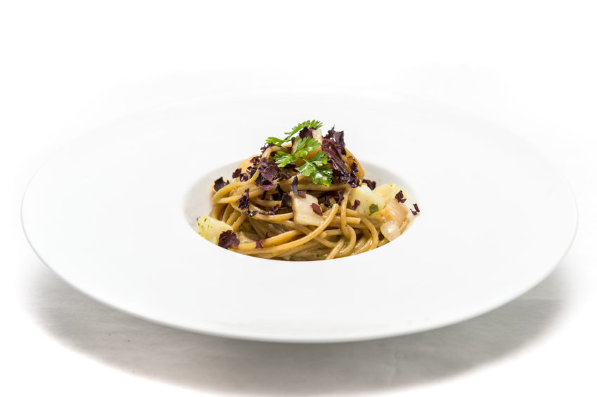 Spaghetti integrali con filetto di pesce Eglefino