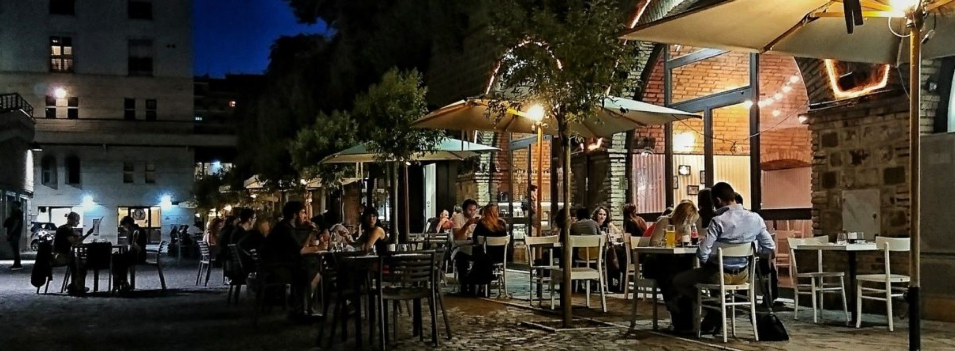 Mangiare allaperto a Roma ristoranti e trattorie con dehors  Puntarella Rossa