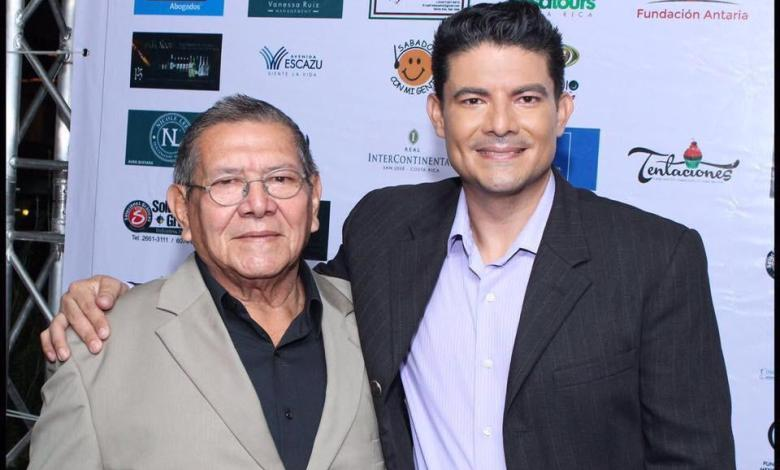 Photo of Entierran papá de actor costarricense