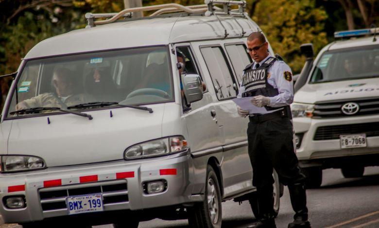Photo of ¿Necesitas realizar una carta para la restricción vehícular? Aquí te explicamos que debe de contener
