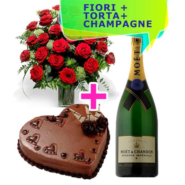 24 rose rosse torta al cioccolato a forma di cuore e una bottiglia di moet & chandon