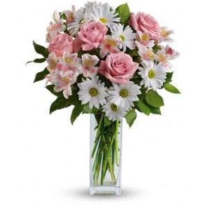 mazzo di fiori composto da rose alstroemeria e margherite