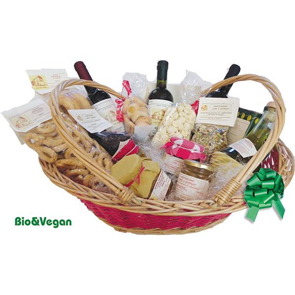 cesto regalo con prodotti bio taralli vino marmellate pasta e legumi