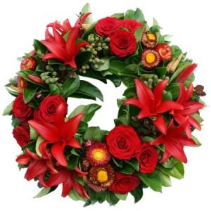 ghirlanda Natalizia con fiori rossi