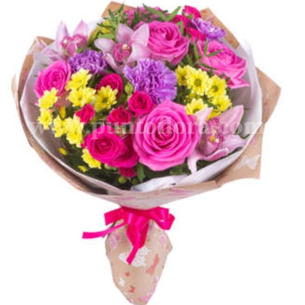 bouquet con rose, margherite e fiorellini misti