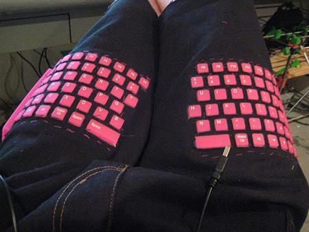 Pantalones con teclado