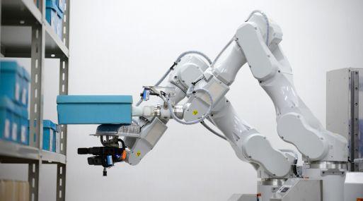 robot hitachi
